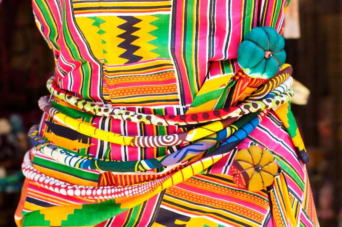 Collier ou ceinture talisman en tissu africain basin ou for Boite africaine paris