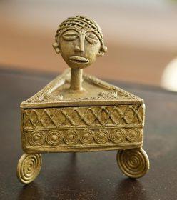 bo tes africaines en bronze d cor es ou en bois