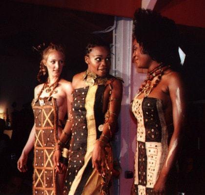 Défilé de mode africaine 2004 les Amazones