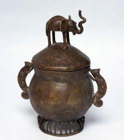 Bo tes en bronze d cor es ou en bois for Boite africaine paris