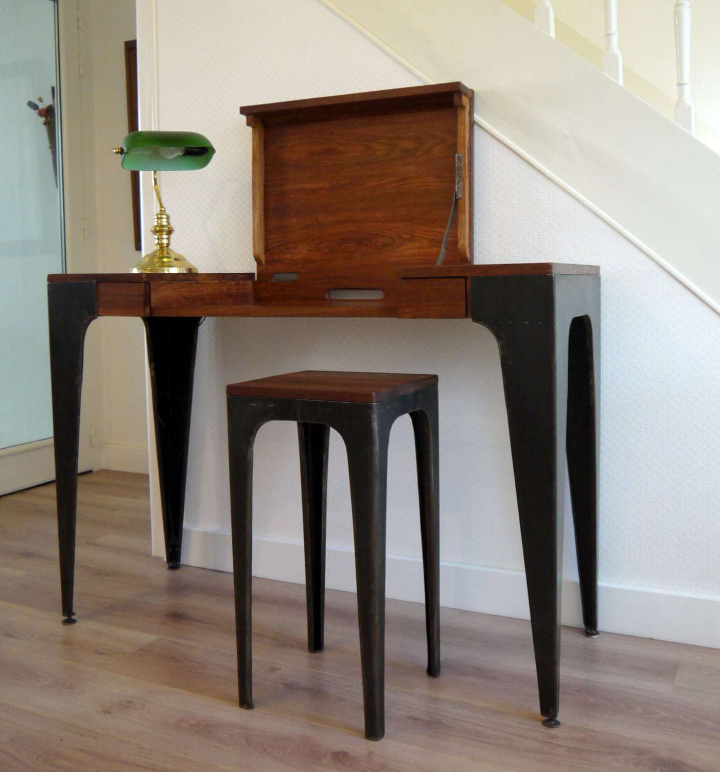 console de bureau gazelle en bois massif et t le brute africouleur. Black Bedroom Furniture Sets. Home Design Ideas