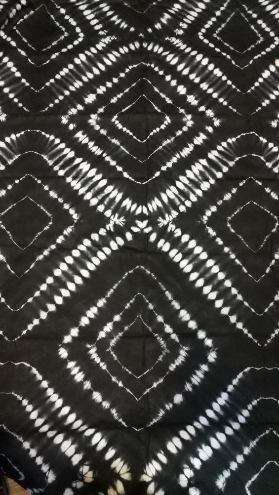 Calicot noir et blanc boubou