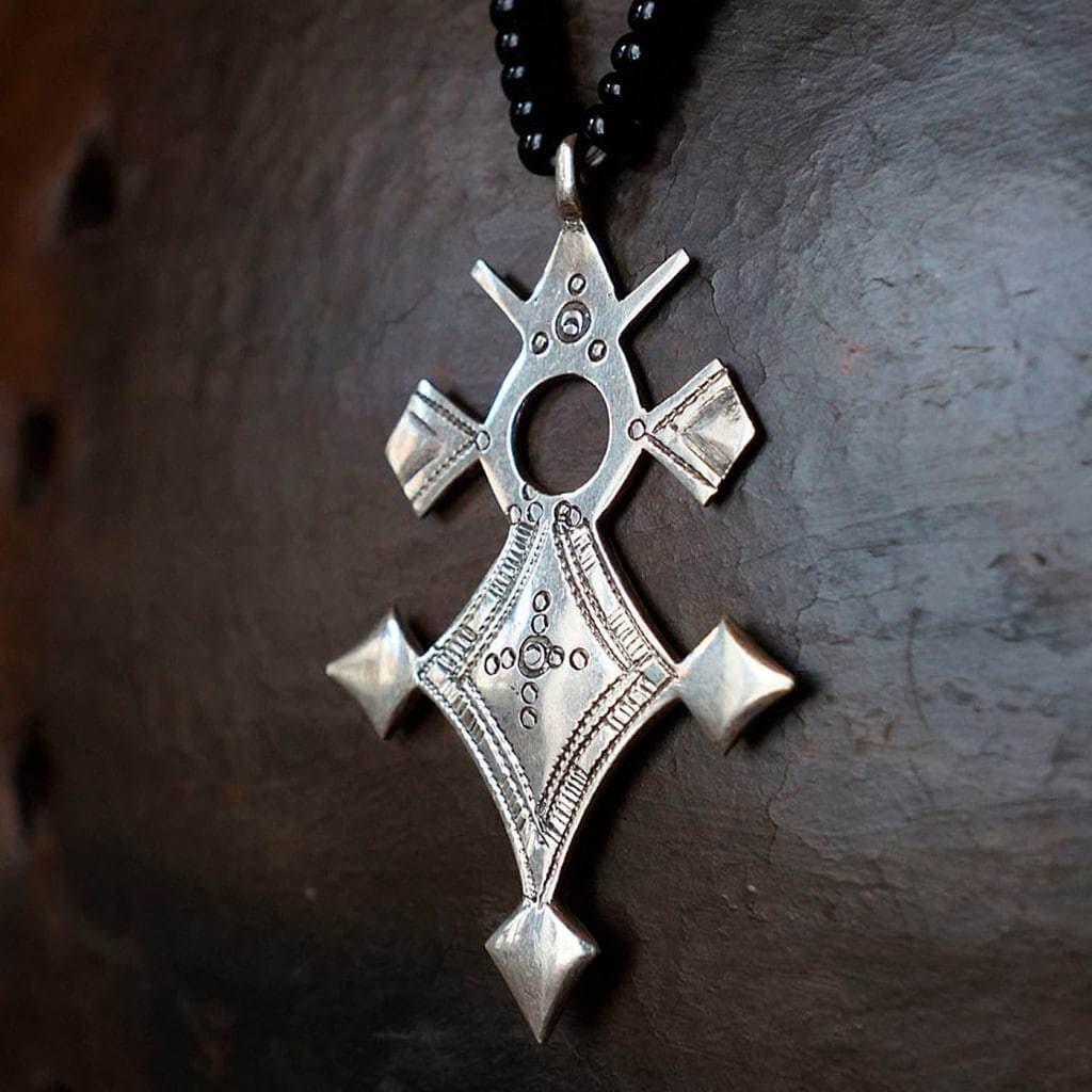 Collier avec croix touareg de l'Aïr