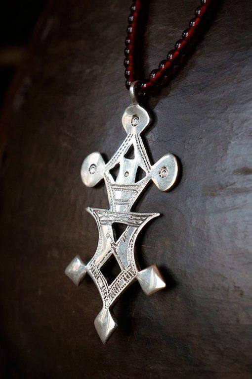 Collier avec croix touareg de Tchimouméné