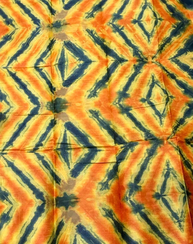 tissu africain en bazin caf jaune orange et bleu motif. Black Bedroom Furniture Sets. Home Design Ideas