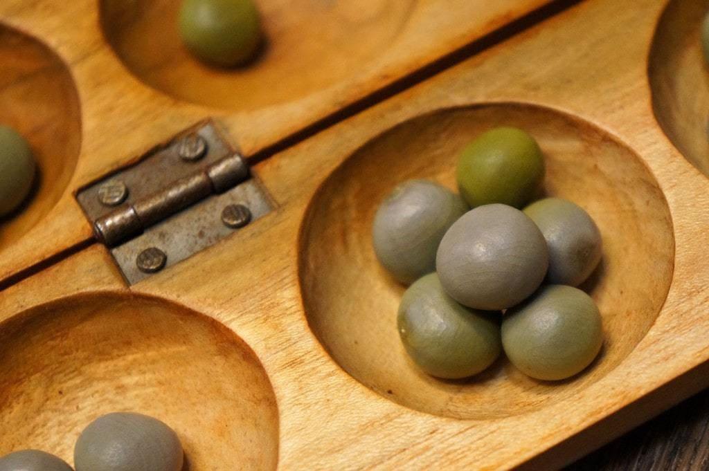 Graines de bonduc du jeu d'Awalé
