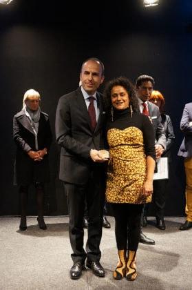 La remise de la médaille FFA par l'Ambassadeur d'Albanie