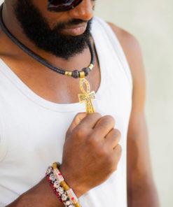 Collier africain en cuir tressé avec pendentif Ankh en bronze et bracelets en perles de verre