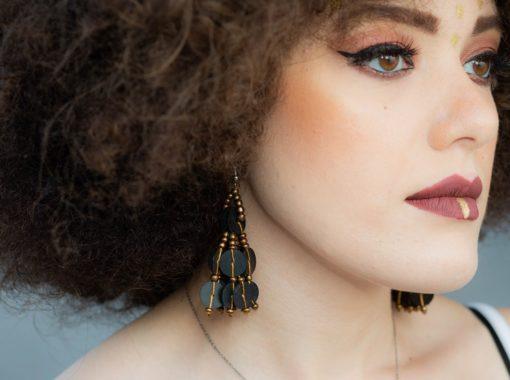 Boucles d'oreilles et bracelet perles de bakélite et rocaille couleur bronze